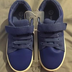 NWT Cat & Jack Boys Blue Velcro Sneakers